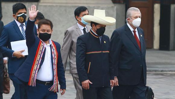 Lee AQUÍ la carta de renuncia que Guido Bellido envió a Pedro Castillo  Foto: Andina)