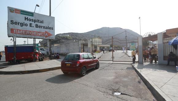 El menor se encuentra internado en el hospital Sergio Bernales y su estado de salud es delicado.(Foto:GEC)