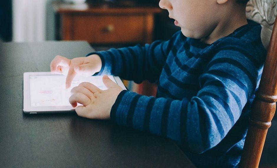 Hijo bloquea el iPad de su padre hasta el 2067 (VIDEO)