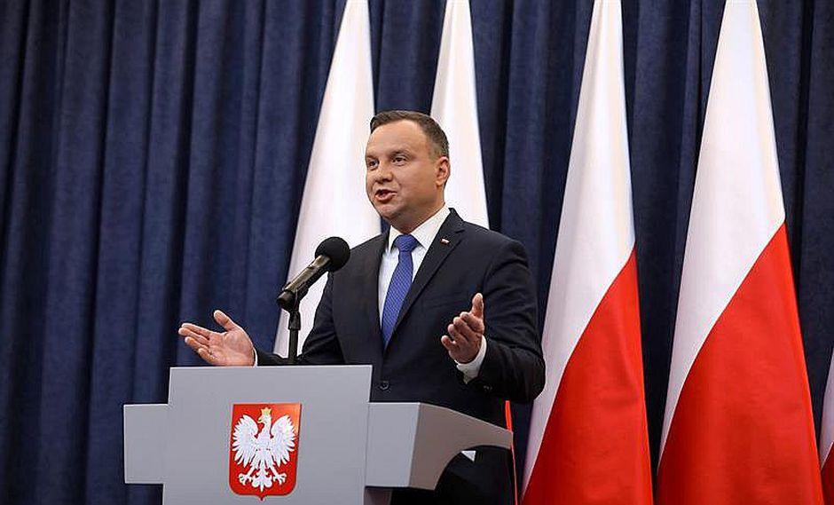 Polonia se niega a ceder a presiones de aliados Israel y Estados Unidos