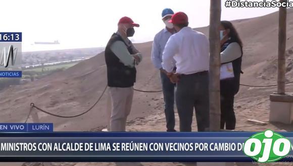 En un momento de la reunión los tres ministros y el alcalde de Lima decidieron conversar a solas, para lo cual los periodistas y personal técnico fueron alejados. (Canal N)