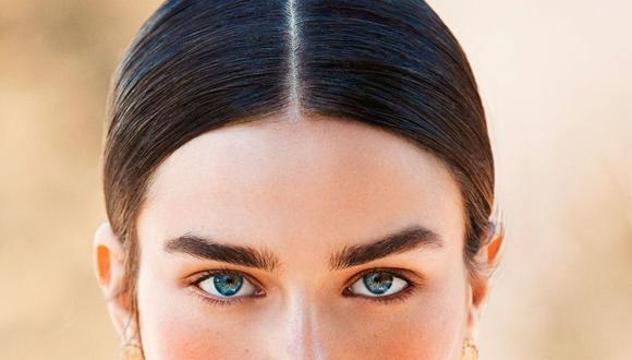 Anastasia Soare se basa en la estructura ósea del rostro para darte unas cejas naturales y acorde a tu rostro, según revela Vogue España.