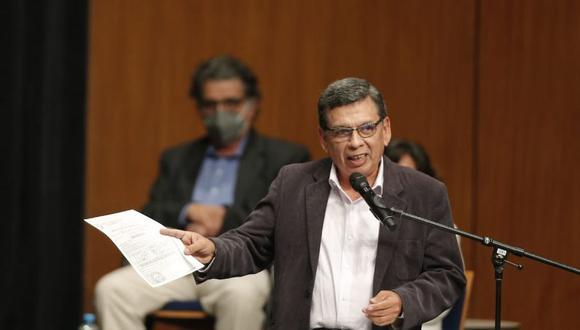Humberto Cevallos expuso el plan de Perú Libre en el tema de salud. (Foto: Andrés Paredes / @photo.gec)