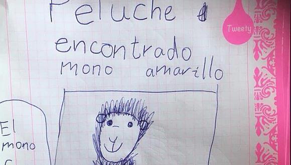 Niña encuentra peluche y hace sus propios carteles para encontrar a su dueño (FOTOS)