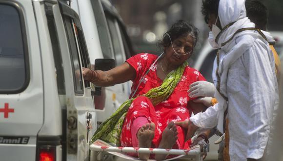 India reporta más de 300 mil infectados diarios desde hace varias jornadas y ya superó los 200 mil muertos por COVID-19. (Foto: AFP)