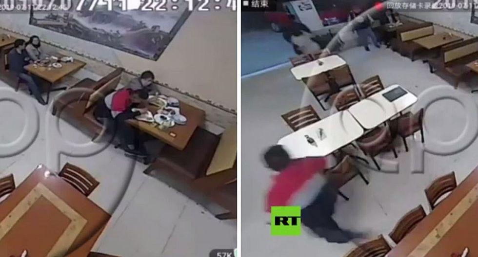 Ate: joven abandona a chica con la que cenaba cuando delincuentes entran a robar   VÍDEO