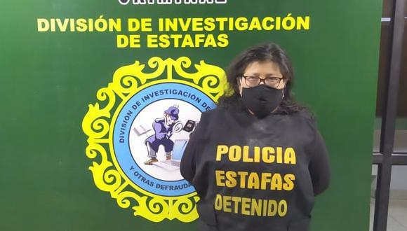 La presunta comercializadora de dólares falsificados fue detenida en una vivienda en San Juan de Miraflores.