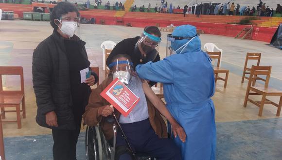 Cajamarca: hombre de 99 años recibe primera vacuna contra el COVID-19 en Celendín (Foto: Municipalidad Provincial Celendín)