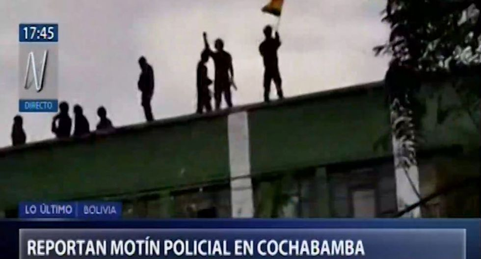 Reportan que policías se amotinaron en cuartel de Cochabamba, en Bolivia. (Foto: Captura de video)