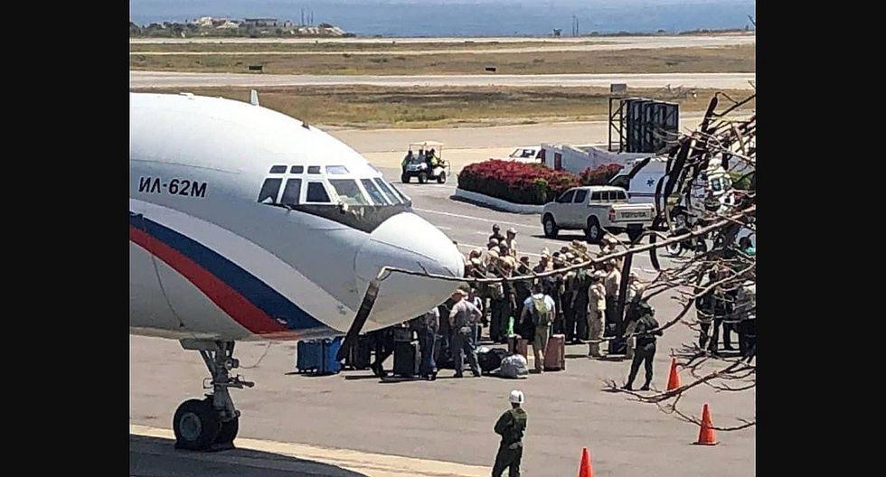 Dos aviones rusos llenos de militares aterrizan en Venezuela (FOTOS)
