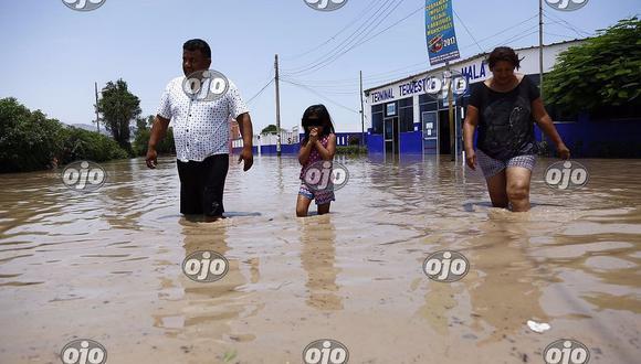¡Naturaleza sin piedad! Distrito de Mala inundado por desborde de río (FOTOS y VIDEO)