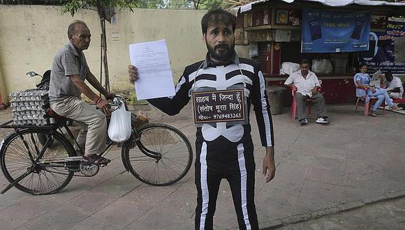 """India: un """"muerto"""" fracasa por segunda vez en postularse para presidente"""
