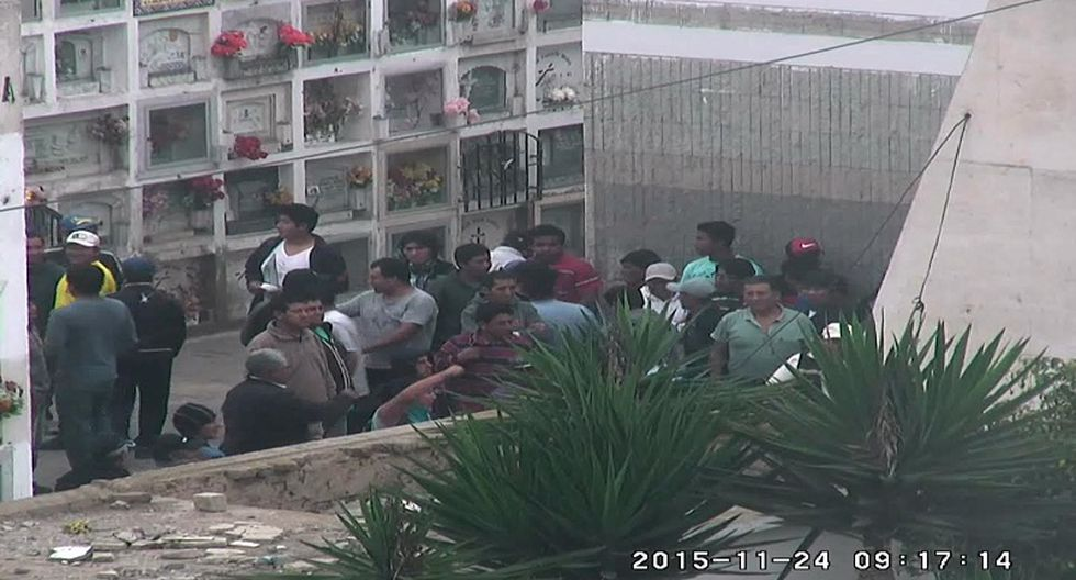 Surco acusa a Chorrillos de contratar 'matones' para ingresar de manera violenta a cementerio [FOTOS]