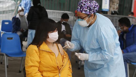 La vacunación contra el COVID-19 en el Perú avanza a ritmo regular en diferentes grupos etarios. (Foto: Violeta  Ayasta/ @photo.gec)