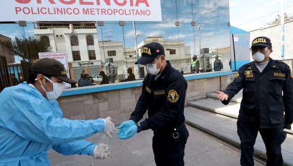 Arequipa: El jefe de la IX Macro Región Policial Arequipa, general PNP Víctor Zanabria Ángulo, señaló que desde el inicio de la pandemia se han contagiado de 1880 agentes y se han recuperado 622. (Foto Referencial)