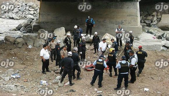 SMP: rescatan cadáver de mujer en el río Rímac, pero lo peor vino después (VIDEO)