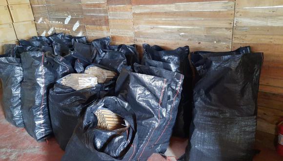 En 25 sacos habían 15,400 cartuchos de dinamita dentro de una de las viviendas. (Foto:GEC)