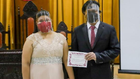 Áncash: la ceremonia se realizó en el auditorio de la Municipalidad Provincial del Santa.