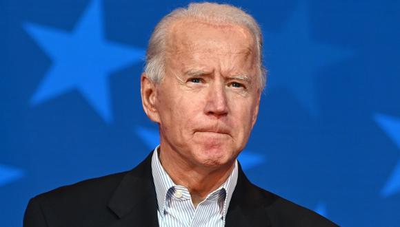 El candidato presidencial demócrata de Estados Unidos, Joe Biden, es visto en la sede de Queen en Wilmington, Delaware, el 5 de noviembre de 2020. (AFP / JIM WATSON).