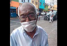 Anciano minusválido de 90 años sufre maltrato de sus vecinos que le tiran agua