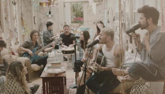 """Ricardo Montaner y su familia presentaron una nueva versión de su tema """"Amén"""". (Foto: Captura de YouTube)"""