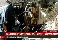Bus interprovincial se vuelca y deja tres personas muertas y más de 30 heridos | VIDEO