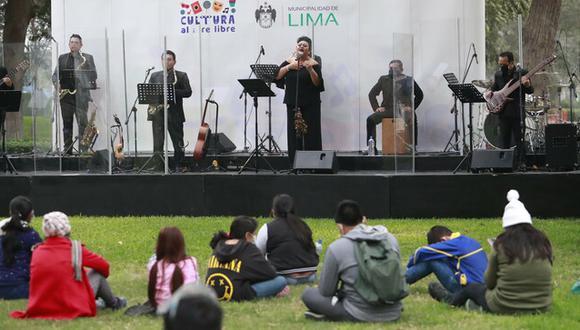 Estas actividades culturales se desarrollan con público y protocolos correspondientes. Foto: Mincul