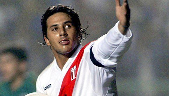 Claudio Pizarro se despidió de la Selección Peruana tras el partido ante Uruguay en Montevido rumbo a Rusia 2018. (Foto: GEC)