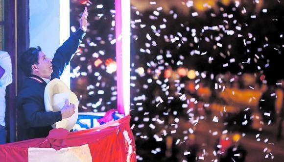 Presidente electo. Pedro Castillo realizó balconazo tras proclamación de resultados oficiales de la segunda vuelta presidencial. (Foto: Giancarlo Avila / @photo.gec)