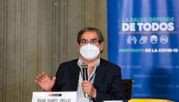 El ministro de Salud, Óscar Ugarte, comentó la situación que afronta el país durante la segunda ola del COVID-19 . (Foto: Andina)