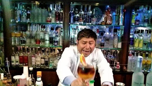 Con la bebida peruana 'Sol y sombra' podrás alentar a la selección peruana en su encuentro futbolítico contra la selección argentina. (Foto: Facebook Bar Capitán Meléndez)