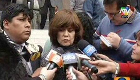 Celular de Rosario Ponce es analizado por fiscal y agentes de tecnología