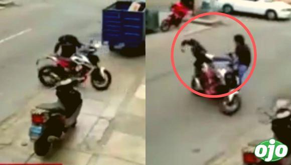 SJL: hombre frustró el robo de su moto con una espectacular patada voladora