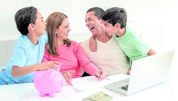 Haga una lista de actividades y priorice aquellas que signifiquen más ahorro. ¡No gaste en exceso!