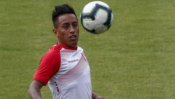 Christian Cueva fue suplente ante Chile y titular frente a Argentina, en los recientes partidos de la selección peruana. (Foto: AFP)