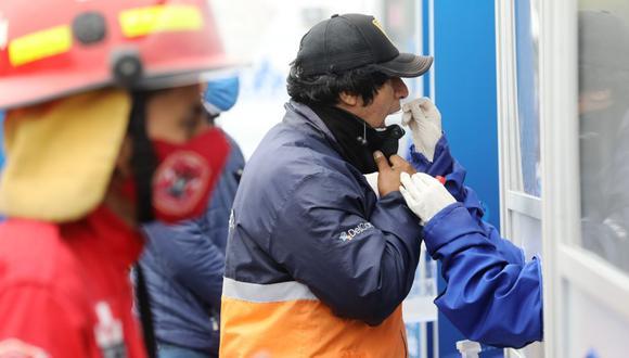 (EsSalud)En el operativo también se realizaron pruebas rápidas a personas asintomáticas. (EsSalud)