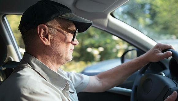 Sutiles diferencias en la forma de controlar un vehículo, según los científicos se relacionan con las primeras fases de la enfermedad de alzheimer.