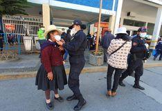 Coronavirus en Perú: Policías femeninas confeccionan mascarillas en comisaría para entregar a la comunidad
