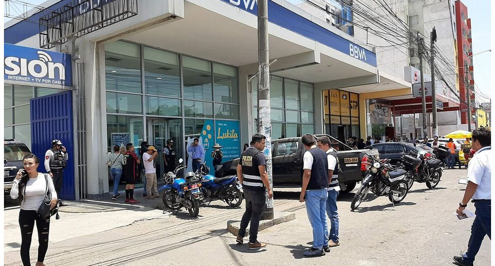Policías frustraron asalto a banco en el centro de Trujillo. (GEC)