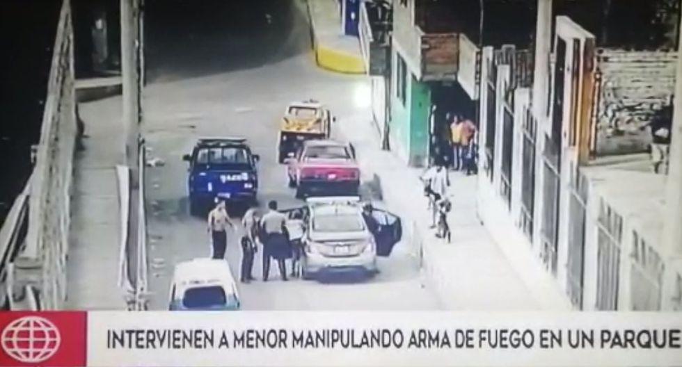 En poder de uno de los menores se halló un arma de fuego. (América Noticias)