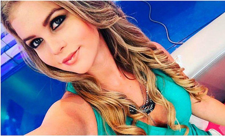 Brunella Horna luce sexy blusa en Instagram