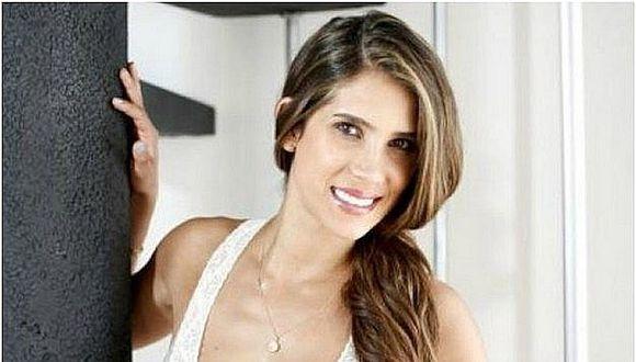 Vanessa Tello más engreída que nunca con su pequeña Isaiana