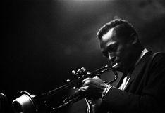 Miles Davis: Genialidad, miedo y violencia de un artista único