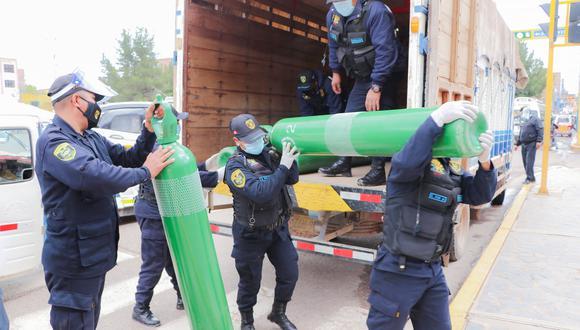 Puno: municipio de San Román entrega gratis oxígeno a pacientes covid-19 de Juliaca. (Foto. Difusión)