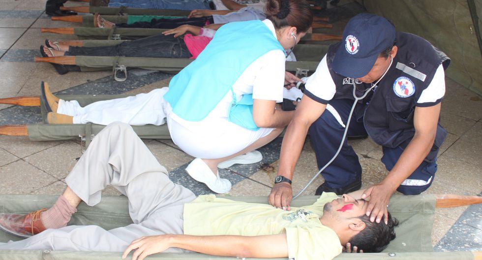 Sismo en Arequipa: Posta médica colapsa en Chala y pobladores temen por tsunami [VIDEO]