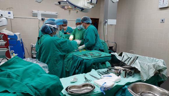 Cusco: 15 pacientes se encuentran a la espera de ser sometidos a esta cirugía reconstructiva. (Foto: Essalud)