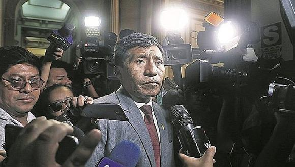 Declaran fundado pedido de levantamiento de inmunidad parlamentaria de Mamani