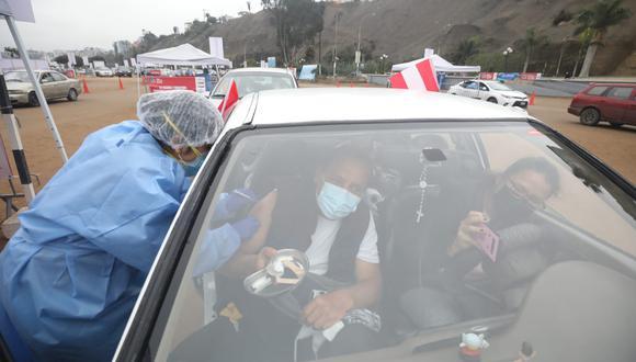 Las vacunas que se emplean en el Perú requieren de dos dosis.  (Foto: Britanie Arroyo / GEC)