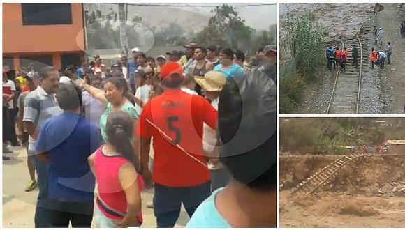 Chaclacayo: pobladores bloquean Carretera Central ante rieles de tren destruidos (VIDEO)
