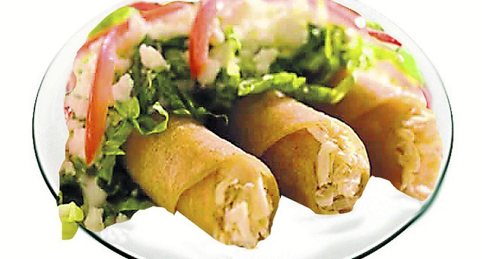 Tacos de pollo al culantro
